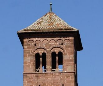 Oberstes Stockwerk und Dach vom Eulenturm im Kloster Hirsau